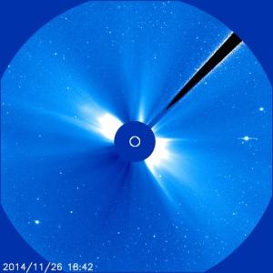 2014-11-26-sonne-blau-groß-objekte