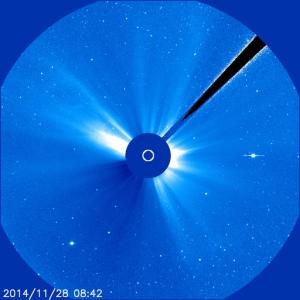 2014-11-28-sonne-blau-groß-objekte