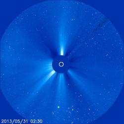 31.5.2013-NOAA-latest-sun-picture-blue