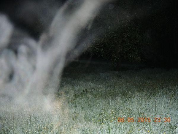 DSCN2705 r-orbs-schleier-in-landschaft-karl-kl