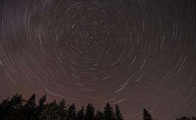 strichspurenaufnahme-mit-polarstern1-k