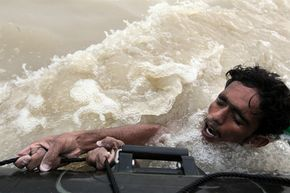 w3000 - 2010-8 - Ueberschwemmung in Pakistan