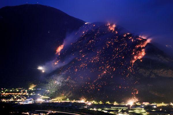 w3000 - 2011-4 - Groesste Duerre in der Schweiz - Waldbraende
