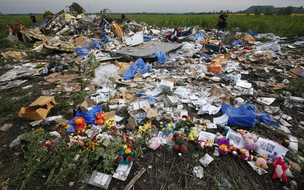 w3000 - 2014-7-mh-17-crash-victims-travel-ukraine