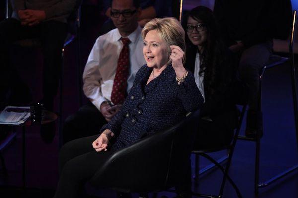 Hillary_Clinton_23965635999-670x447