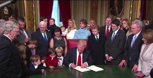 donald-trump-team-family