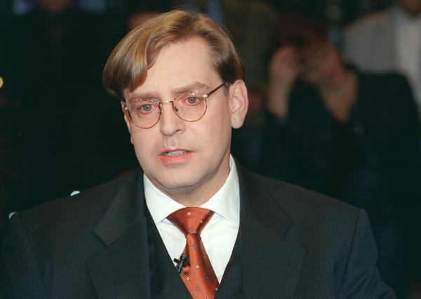 """Berlin: Der Journalist und Sicherheitsexperte Udo Ulfkotte, aufgenommen am 04.11.2001 in der n-tv-Sendung """"Talk in Berlin"""". (BRL460-061101)null"""